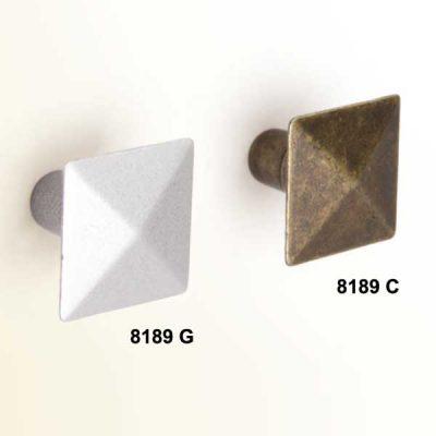 Pomo Piramide 24 mm x 24 mm.
